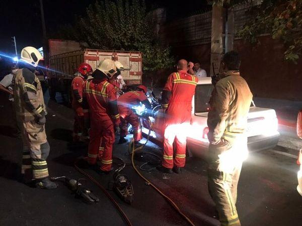 تصاویری از تصادف مرگبار دو کامیون در ولنجک تهران