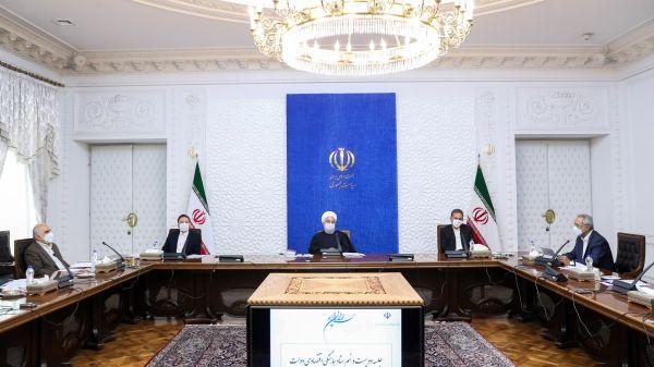 روحانی: وضعیت اقتصادی و معیشت مردم ایجاب می کند اختلاف نظرها به حداقل برسد