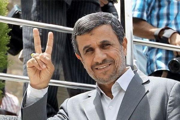 روایتی از یکشنبه سیاه مجلس/ احمدی نژاد گفت امروز می خواهم یک نفر را قربانی کنم !