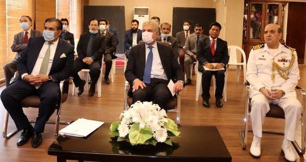 بازدید وزیر خارجه پاکستان از سفارت کشورش در تهران