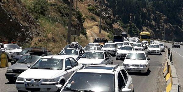 ترافیک سنگین در برخی جادههای کشور در آستانه تعطیلات