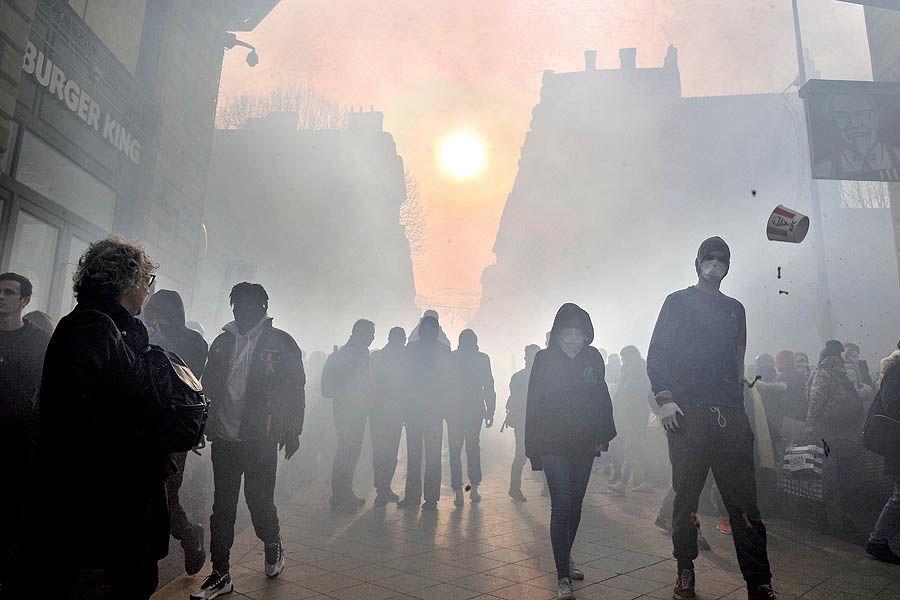 زخم 25 ساله اقتصاد فرانسه