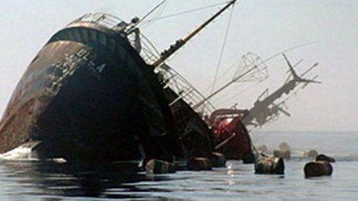 نجات سرنشینان کشتی غرق شده ایرانی در آبهای عمان
