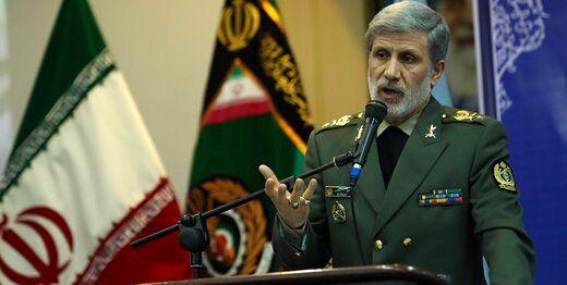 وزیر دفاع: ارتش و سپاه دستاوردهای ارزشمندی را برای  جمهوری اسلامی به ارمغان آوردند
