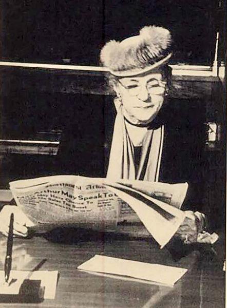 روبرتا فولبرایت، بازرگان و روزنامه نگار