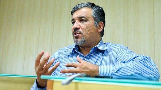 آقای رئیسی به دلیل تجربه دولت احمدینژاد از چهره های افراطی در کابینه استفاده نکنید