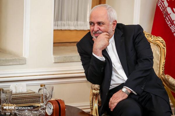 دیدار ظریف با رئیس کمیته امور بینالملل دومای دولتی روسیه
