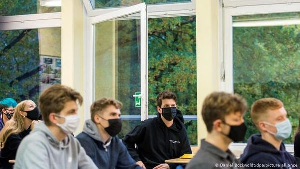 هشدار کارشناسان آلمانی درباره خطر انتقال بیشتر ویروس در فضاهای بسته