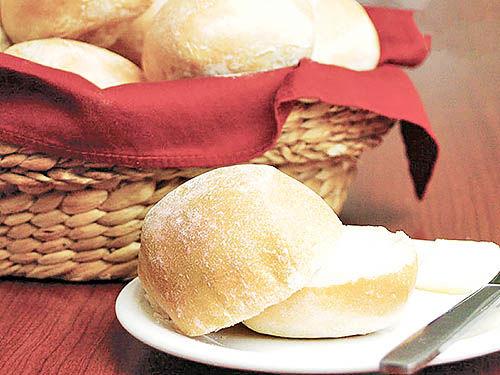 قیمت نان اقتصادی باشد، نه سیاسی
