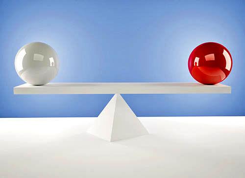 توازن بین استقلال داخلی و پاسخگویی کارمندان
