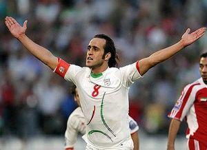 بازگشت علی کریمی به تیم ملی در ساکرنت