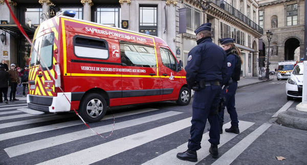 هزاران نیروی پلیس در خیابانهای فرانسه در شب سال نو میلادی