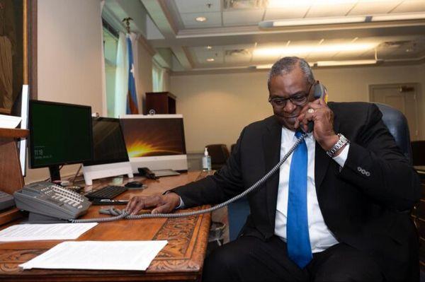 گفتگوی تلفنی وزرای دفاع آمریکا و فرانسه