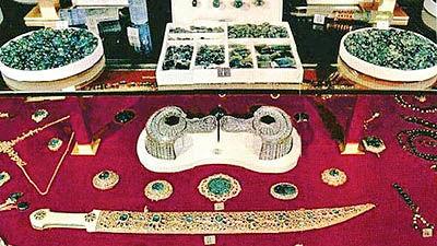 مصنوعات جواهرنشان در عصر صفوی