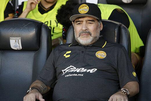 یک دقیقه سکوت در لیگ برتر ایران به احترام مارادونا