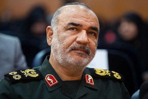 سردار سلامی: در مقابل هیچ دشمنی کرنش نمیکنیم/ عملیات و تاکتیک تهاجمی داریم