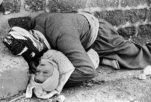 عکسی دردناک از بمباران شیمیایی حلبچه