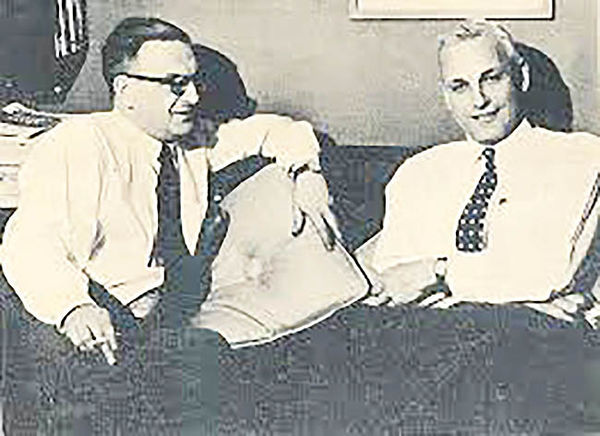 پل سوئیزی، اقتصاددان و نظریه پرداز