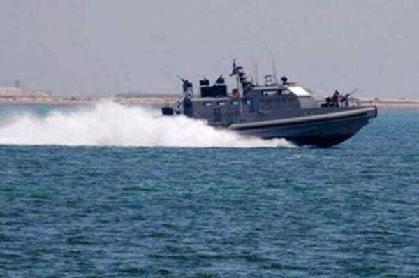 ۴ قایق بیهویت در آبهای خلیجفارس توقیف شد