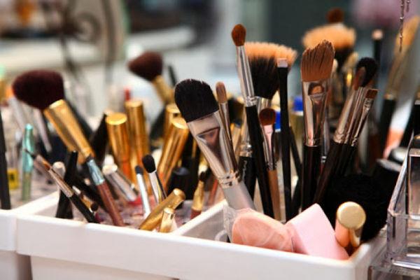 بیشترین واردات محصولات آرایشی مربوط به کدام کشورهاست؟