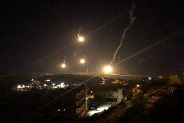 پرتاب ۱۲ منور ارتش اسرائیل در منطقه مرزی لبنان