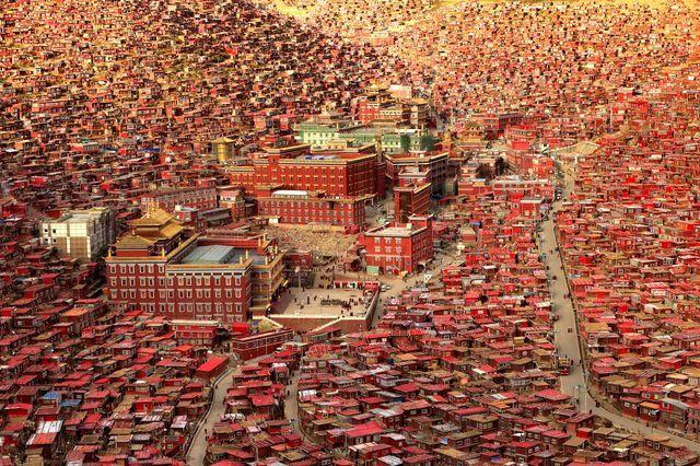 دریای سرخ راهبان تبتی /عکس