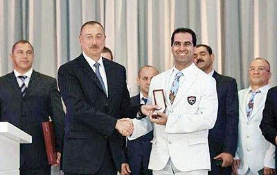 نشان لیاقت آذربایجان برای مهماندوست