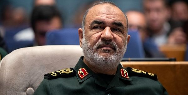 تاکید فرمانده کل سپاه بر تقویت اقدامات سپاه برای غلبه بر شرایط کرونایی مازندران