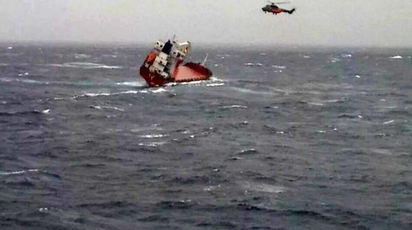 کشتی روسی غرق شد
