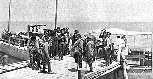 کشتیرانی در دریاچه ارومیه!