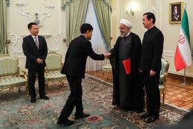 تقدیم استوارنامه سفیر جدید چین به رییسجمهوری