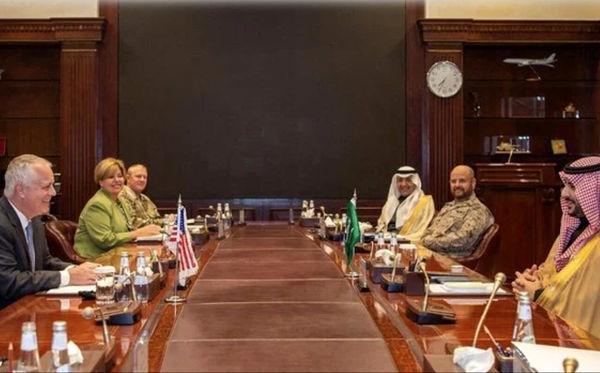سفر معاون وزیر دفاع آمریکا به عربستان در بحبوحه شورش در واشنگتن