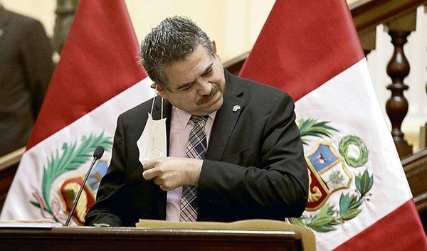 رییس جمهور پرو استعفا کرد