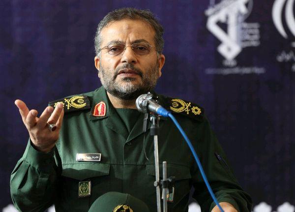 فرمانده بسیج: دوران بزن در رویی در فضای مجازی به پایان رسیده است