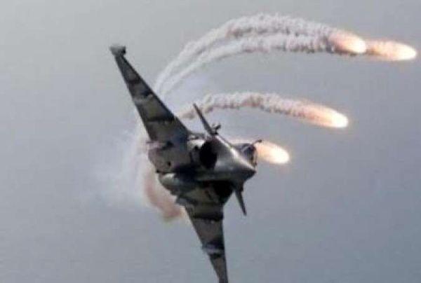 حمله جنگنده های عراقی به مواضع داعش در بغداد