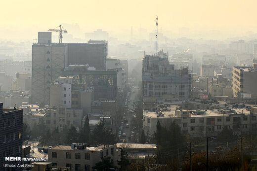 تهرانیها چند روز از بهمن ماه را هوای آلوده تنفس کردند؟