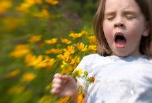 مهم ترین دلایل حساسیتِ پاییزی + علائم