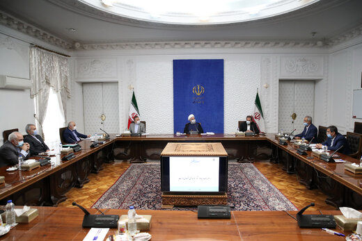 خبر مهم روحانی از تصویب طرح فروش داخلی نفت در جلسه سران قوا