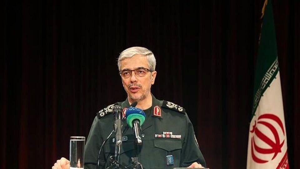 اظهارات سرلشکر باقری درباره قدرت نیروی دریایی سپاه در مقابله با آمریکا
