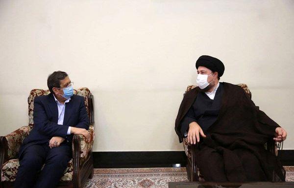دیدار یک کاندیدای ریاست جمهوری با سیدحسن خمینی+عکس