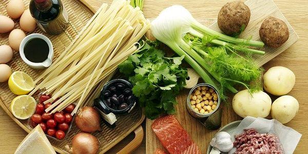 ۶ ترکیب غذایی که نباید با هم مصرف شوند