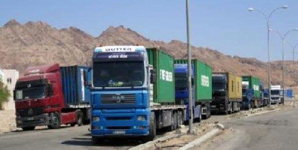 آمریکا 20 کامیون حامل غلات سوریه را به سرقت برد