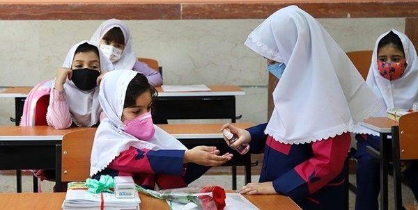 با این شرط دانش آموزان واکسن کرونا دریافت می کنند