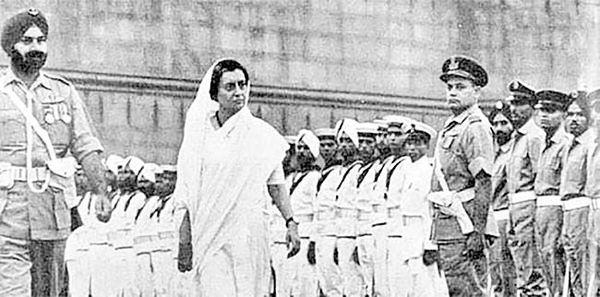 سالروز نخستوزیری ایندیرا گاندی