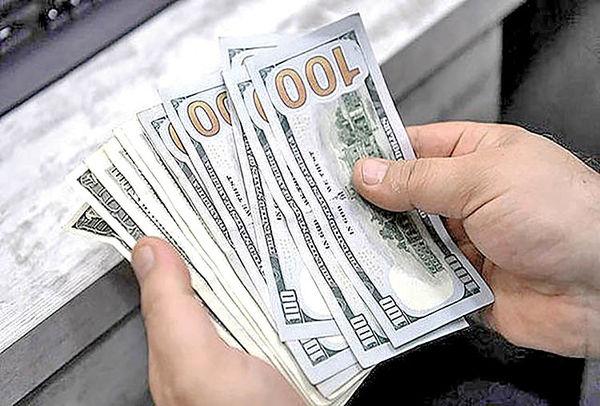 علامت دوم به بازار دلار