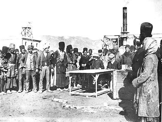 نحوه ثبتنام نخستین  کارگران شرکت نفت