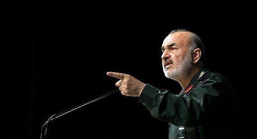 سردار سلامی: سپاه با وجود تحریمها اجازه توقف هیچ طرحی را نمیدهد