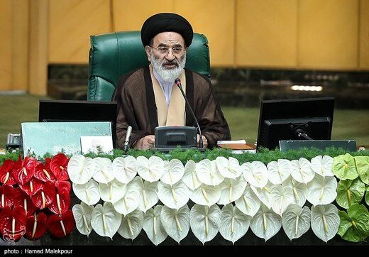 رئیس سنی مجلس یازدهم: باید مجلس تراز اسلامی را باید به نمایش بگذاریم/ هیات رئیسه جدید بداند این صندلیها امانت است