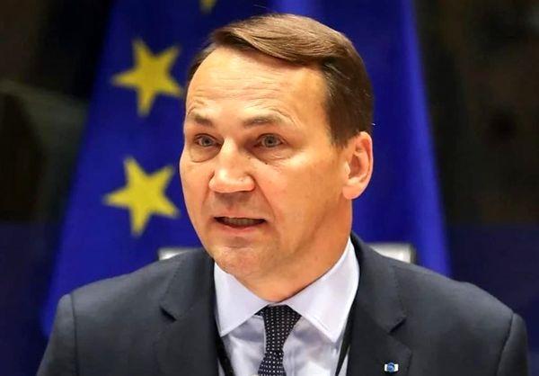 لهستان: اروپا چارهای جز تعامل با طالبان ندارد