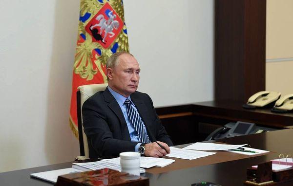 دستور پوتین برای آغاز واکسیناسیون عمومی در روسیه